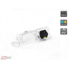 Камера заднего вида AVS327CPR (#067) для автомобилей NISSAN/ RENAULT
